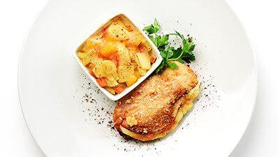 Filet de poulet et gratin de potiron, pommes de terre et carottes au mascarpone