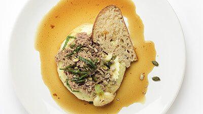 Effiloché de canard confit et purée de panais et pomme de terre
