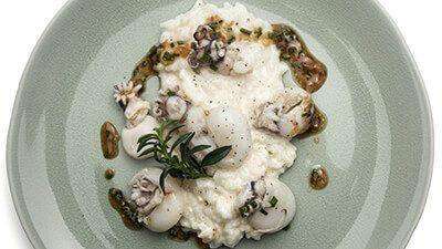 Seiche entière et risotto au parmigiano