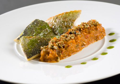 Recette : Filet de daurade au pesto et sa fine ratatouille confite - EpiSaveurs