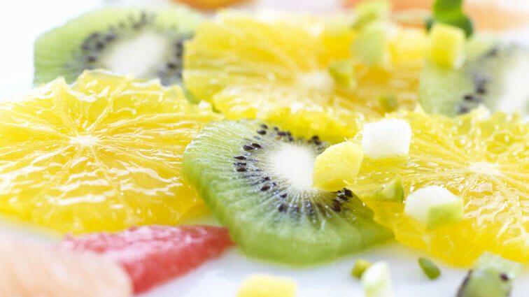 Recette : Carpaccio de fruits de saison et granité à la menthe fraîche - TerreAzur