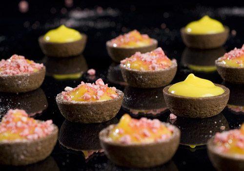 Recette : Tartelettes citron et pralines roses - EpiSaveurs