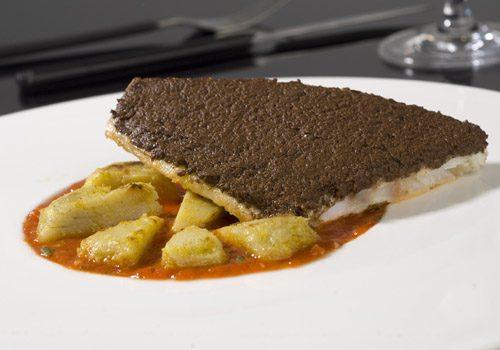 Recette : Filet de daurade tapenade d'olive noire et artichauts à l'Egyptienne - EpiSaveurs