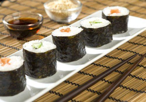 Recette : Makis au saumon mariné - EpiSaveurs