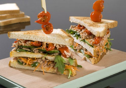 Recette : Club sandwich au saumon - EpiSaveurs