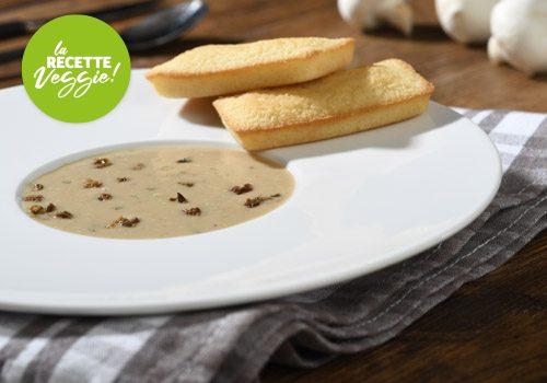 Recette : Crème de champignons des bois et son muffin au parmesan - EpiSaveurs