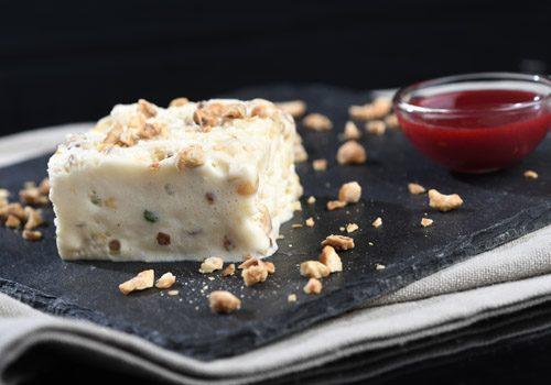 Recette : Nougat glacé coulis de fruits rouge - EpiSaveurs
