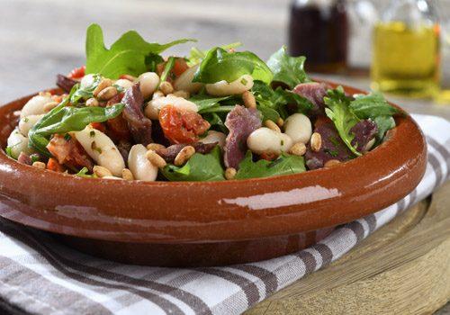 Recette : Salade de haricots blancs, gésiers et tomates confites - EpiSaveurs