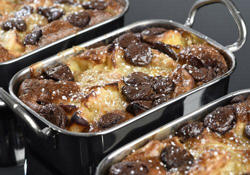 Recette : Clafoutis aux pommes, poires et pépites de chocolat - EpiSaveurs
