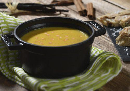Recette : Velouté de lentilles corail à la vanille, fleur de sel, cannelle et foie gras - EpiSaveurs