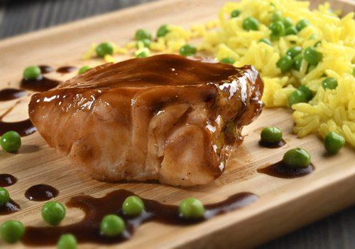 Recette : Cabillaud «Black Cod» accompagné de riz et petit pois au safran - EpiSaveurs
