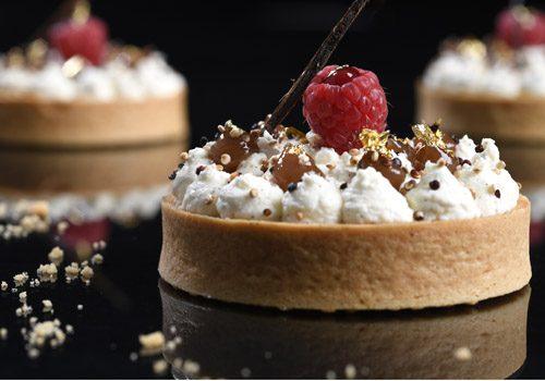 Recette : Tartelette Mont-Blanc, crémeux de fruits rouges et quinoa soufflé - EpiSaveurs
