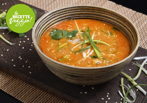 Recette : Soupe Thaï au lait de coco, curry rouge et lentins de chêne - EpiSaveurs