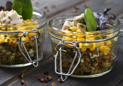 Recette : Salade de maïs et d'épeautre, poulet au citron - EpiSaveurs