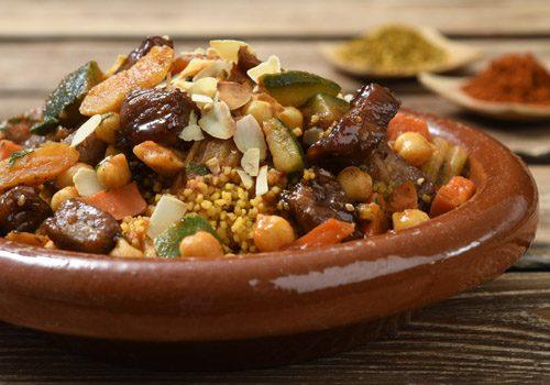 Recette : Filet de veau laqué au miel d'épices, tajine de légumes aux fruits sec - EpiSaveurs