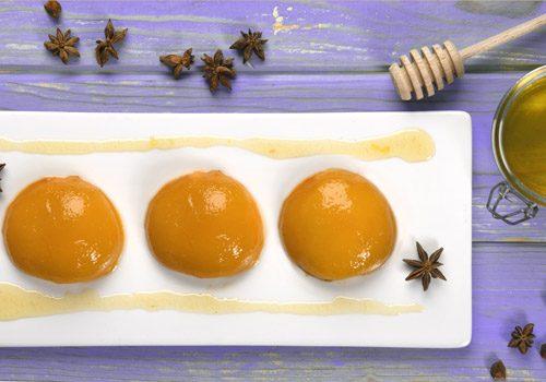 Recette : Oreillons de pêches au sirop de miel anisé - EpiSaveurs