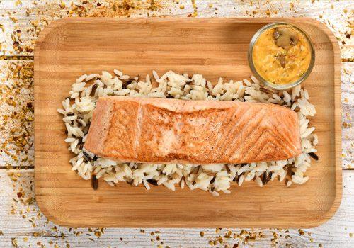 Recette : Filet de saumon poêlé, sauce aux épices du soleil - EpiSaveurs