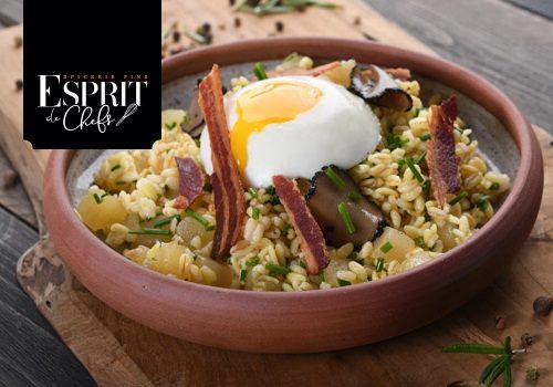 Recette : Poke Bowl de blé et dés de pommes sautées à l'œuf parfait et truffe d'été - EpiSaveurs