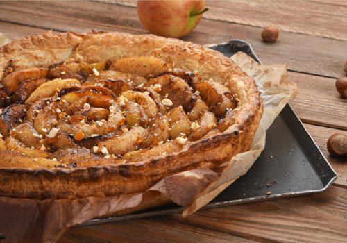 Recette : Tarte pomme-cannelle aux noisettes - EpiSaveurs