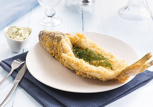 Recette : Merlan Colbert chapelure Panko sauce tartare et friture d'herbe - EpiSaveurs