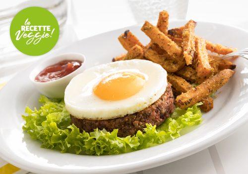 Recette : Galette végétale et son œuf à cheval, frites de patates douces - EpiSaveurs